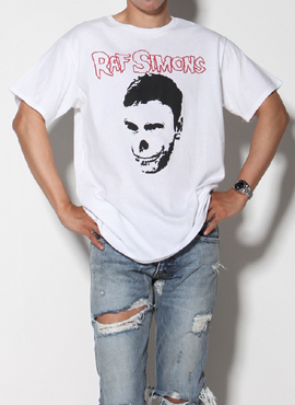 (Restock) World Tour Raf. T-shirt