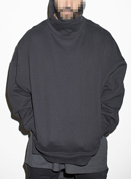 (Restock) RD F.turtle neck sweatshirt