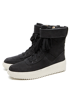 (50% off) RD F. Military Black Sneakers