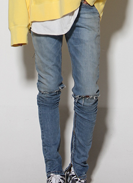 (30% off) RD F.Inspried Destroyed Jeans