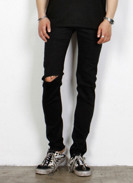 (Restock) RD SLP. Black Ripped-Knee Slim Jeans