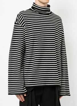 RD J. Stripe Turtleneck